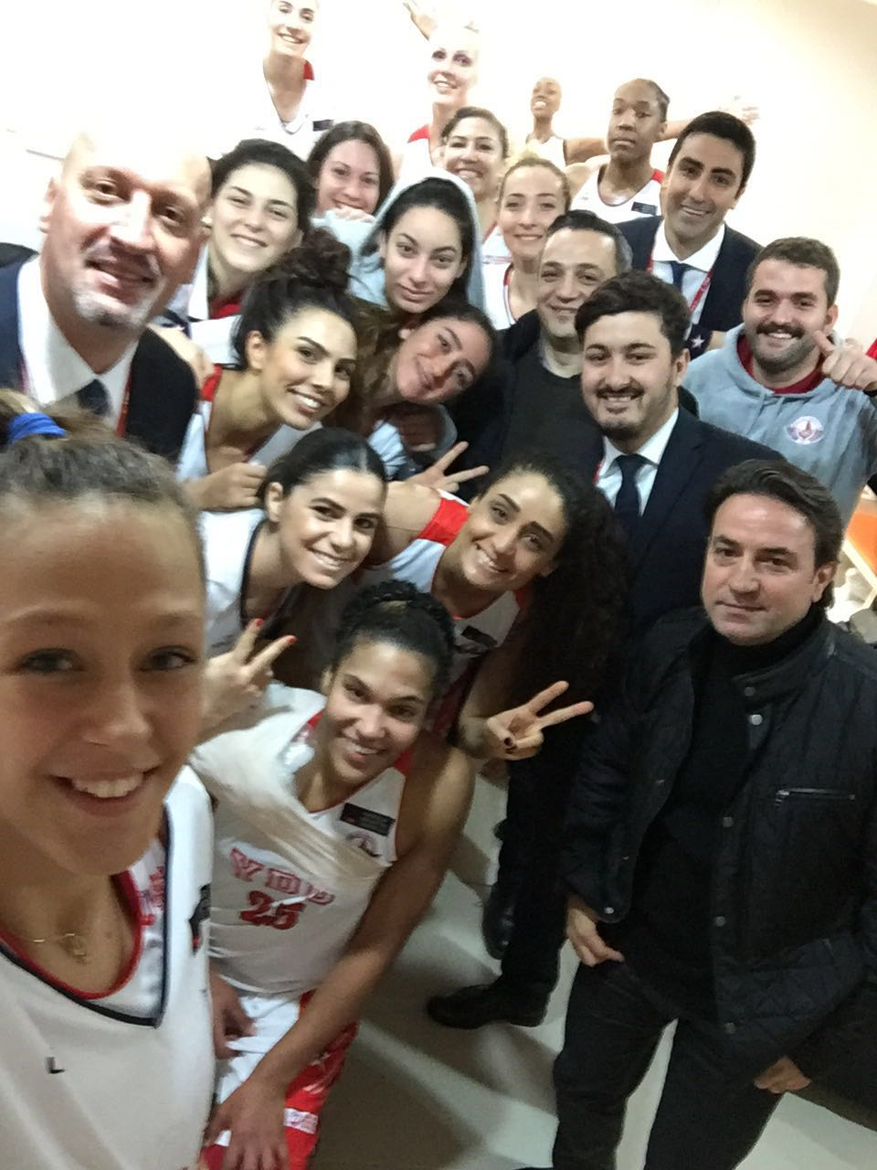 Near East Angels defeated Istanbul University with a net score of 74-62