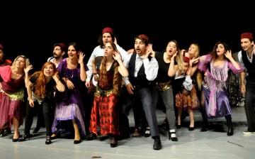 """Sahne Sanatları Fakültesi """"Tiyatro Bölümü"""" Oyunculuk ve Dramatik Yazarlık Anasanat Dallarına Özel Yetenek Sınavı ile Alınacak Öğrenciler için Kayıtlar Sürüyor"""