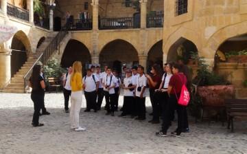 Yakın Doğu Koleji Öğrencileri Kıbrıs Kültür ve Tarihini Gezerek Öğreniyor