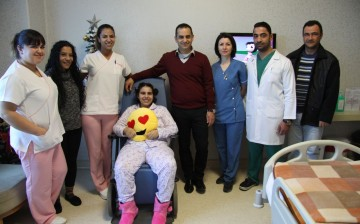 Geçirdiği Trafik Kazası Sonucu Beyin Travması Geçirerek Komaya Giren 15 Yaşındaki Ayşe MİTRU YDÜ Hastanesi'nde Sağlığına Kavuşuyor