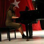 """Yakın Doğu Üniversitesi Müzik Öğretmenliği Bölümünden Romantik """"Sonbahar"""" Konseri"""