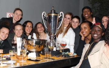 Yakın Doğu Melekleri Şampiyonluğu Kutladı