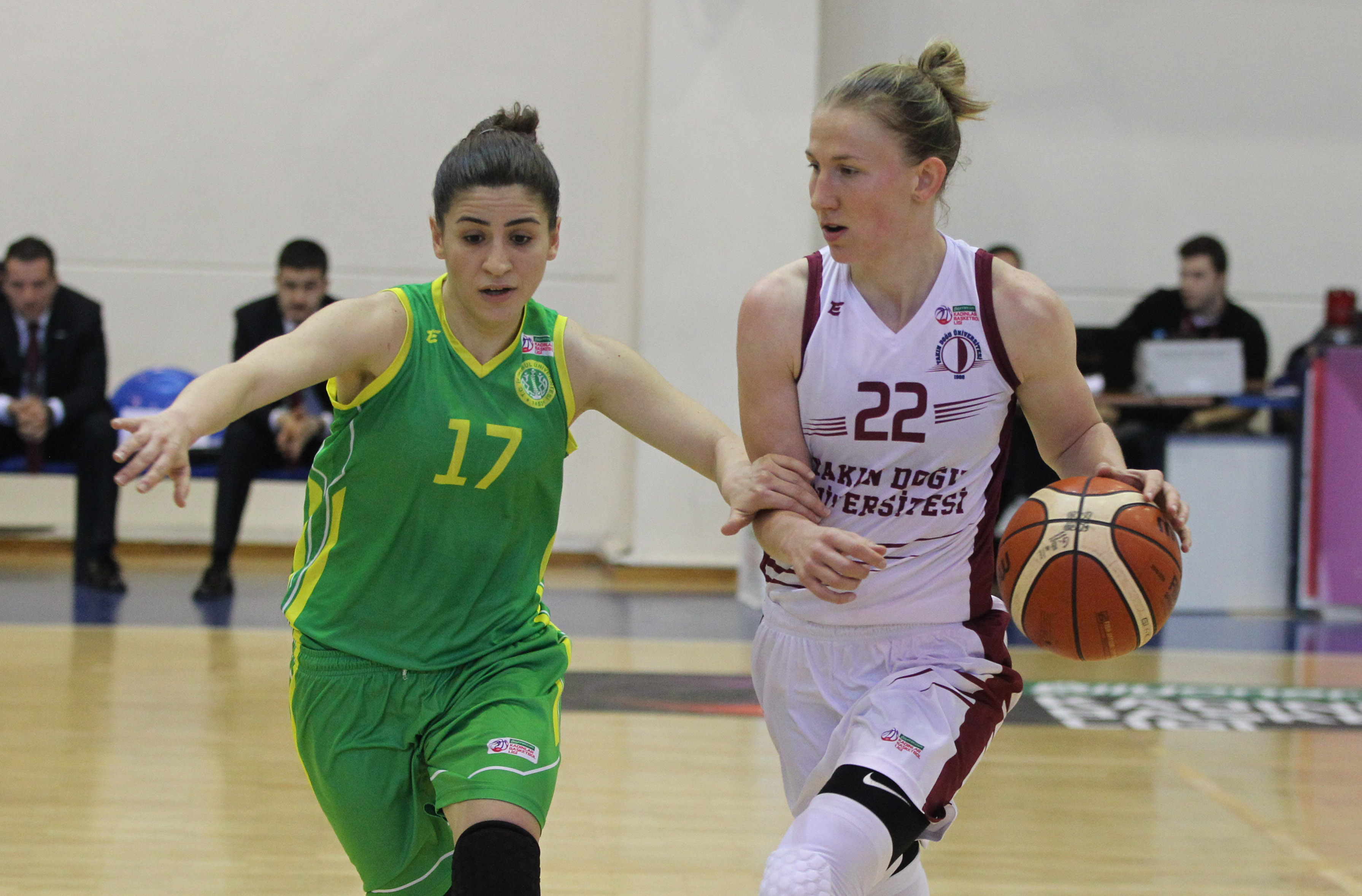 Play-Off time for hoop … Near East University – Istanbul University