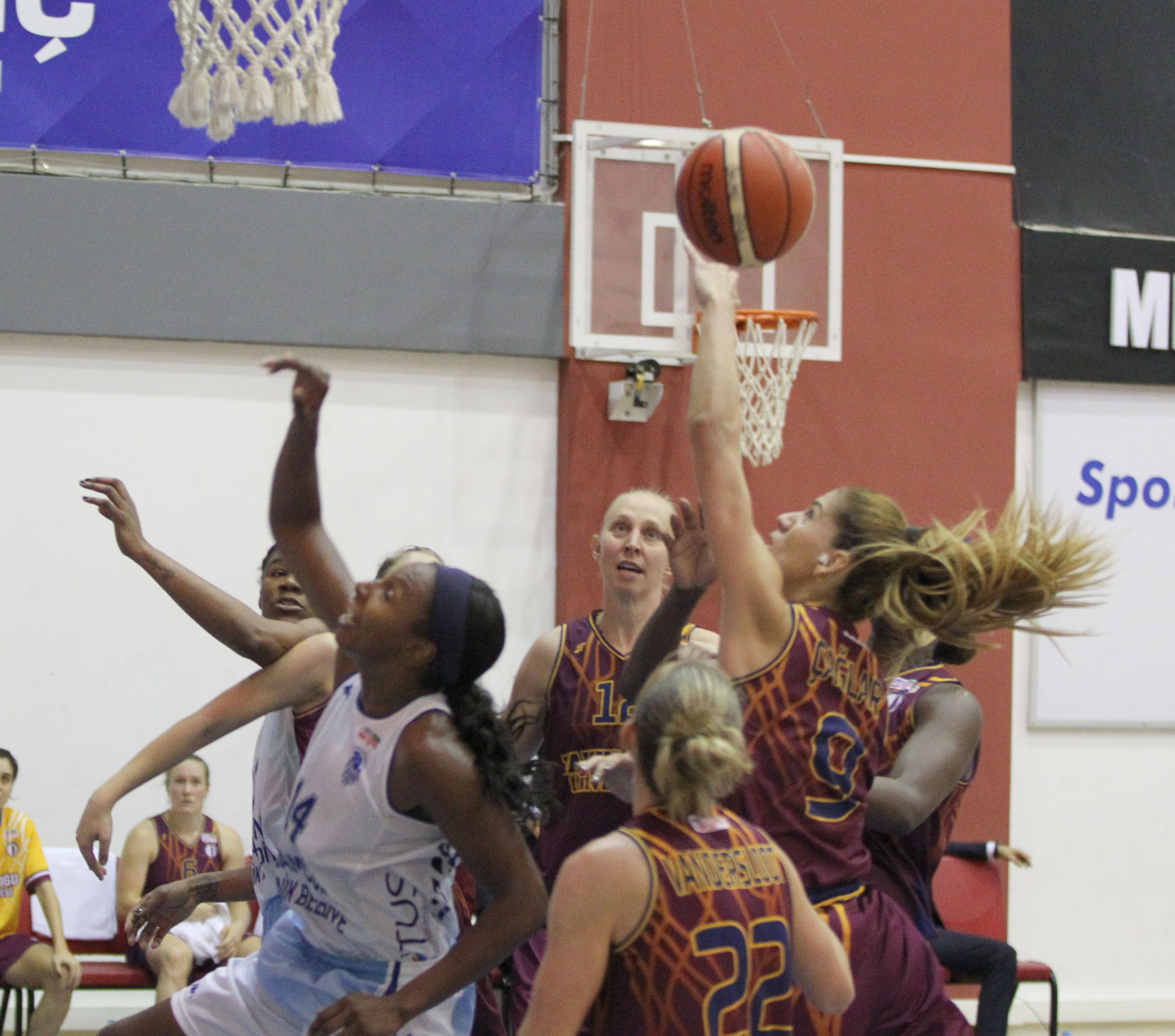 Outscoring Samsun Canik by 17 points, Near East University has achieved a three-match winning streak…..Samsun Canik:47 – Near East University:65