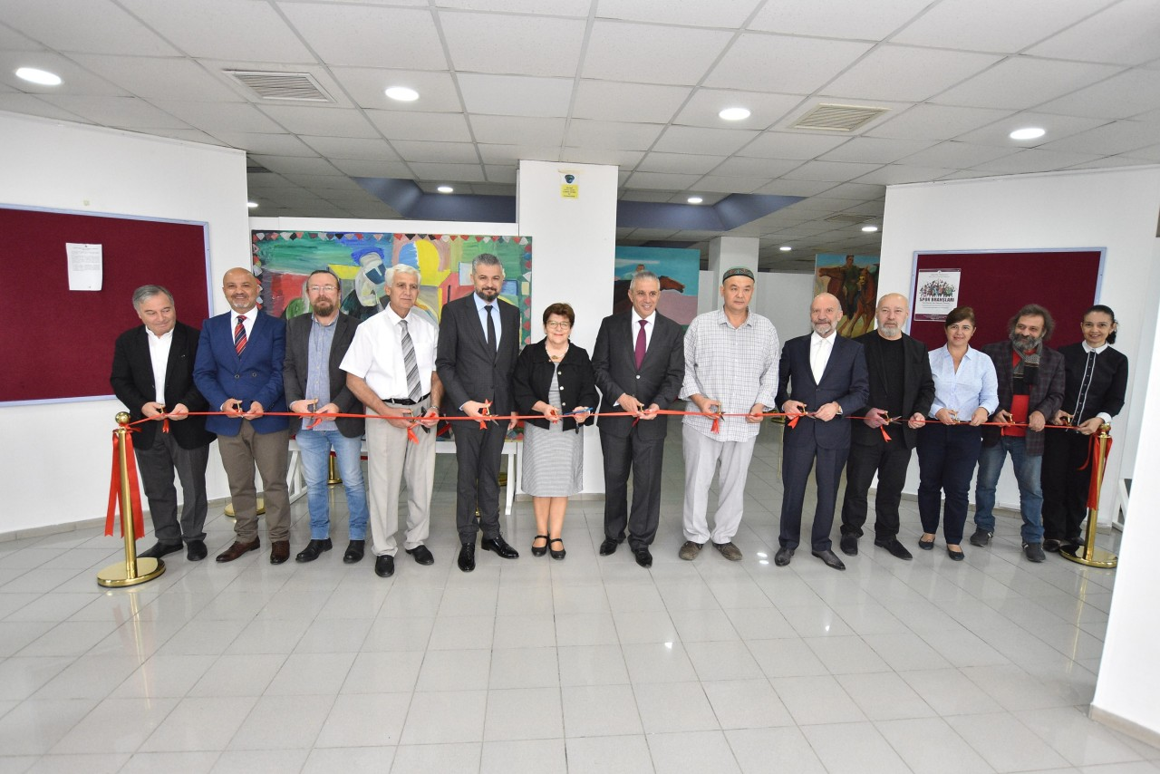 Two Solo Painting Exhibitions, which consist of works exclusively prepared by Kazakh Artists Sagin Abzalov and Yasbi Agitayev for Cyprus Museum of Modern Arts, were opened by Hasan Taçoy, Minister of Economy and Energy
