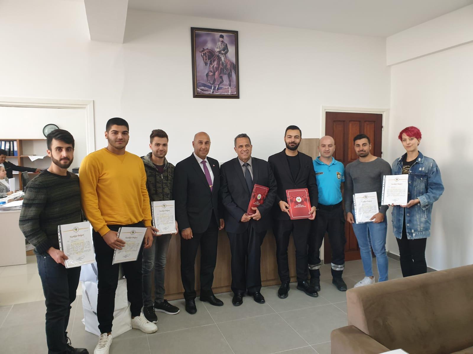 Sivil Savunma Özel Tatbikatı'na Katılan Yakın Doğu Üniversitesi Arama Kurtarma Kulübü (AKUT) Üyesi Öğrencilerine Teşekkür Belgesi Verildi…