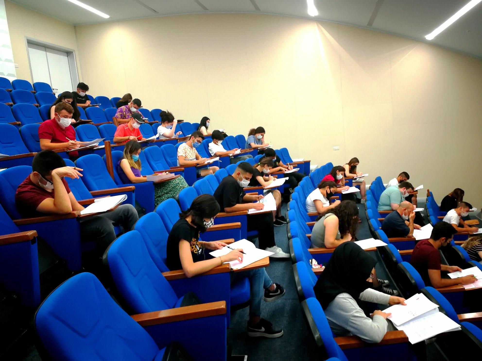 Yakın Doğu Üniversitesi KKTC Öğrenci Yerleştirme ve Burs Sıralama Sınavı Gerçekleştirildi